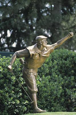 Photograph - Payne Stewart Statue At Pinehurst by Dom Furore
