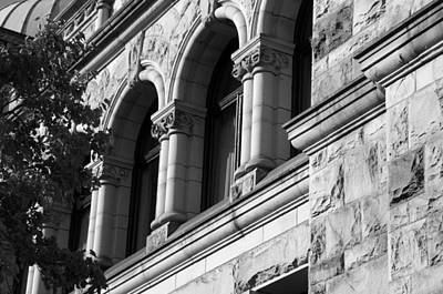 Photograph - Parliament Buildings In Victoria Bc by Marilyn Wilson
