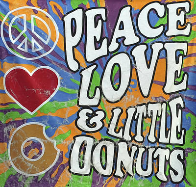 Pittsburgh Pa Photograph - Peace Love And Little Donuts by Terry DeLuco