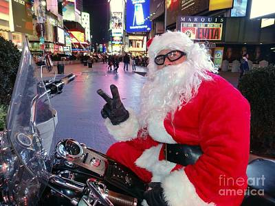 Photograph - Peace Santa by Ed Weidman