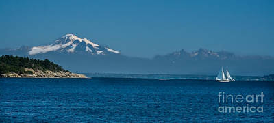 Baker Island Photograph - Peaceful by Robert Bales