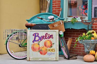 Photograph - Scene At Bungalow Love - Berlin Maryland by Kim Bemis