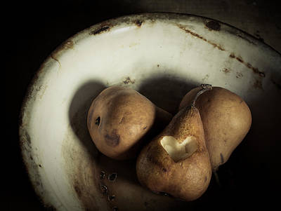 Ripe Photograph - Pear Love by Amy Weiss