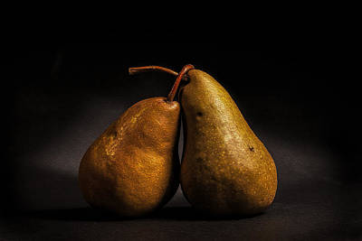Photograph - Pear Of Lovers by Peter Tellone