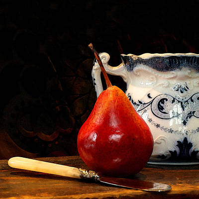 Photograph - Pear Pitcher Knife by Karen Lynch