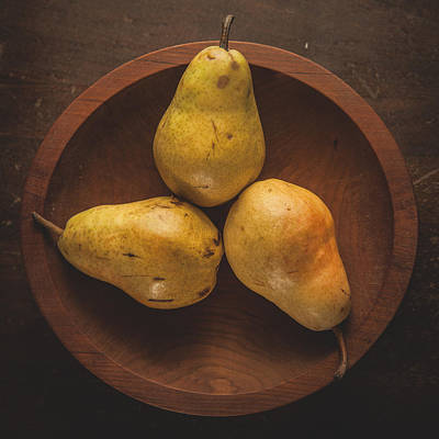 Photograph - Pears by Robert Clifford