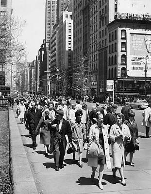 America The Continent Photograph - Pedestrians In New York by Underwood Archives