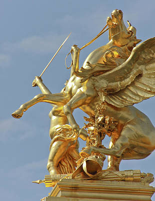 Pegasus Photograph - Pegasus Statue At The Pont Alexander by William Sutton