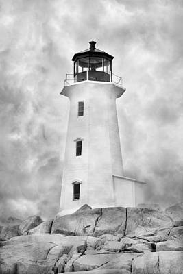 St Margaret Photograph - Peggy's Cove Lighthouse by Betsy Knapp