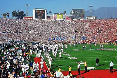 Penn State Photograph - Penn State Rose Bowl by Benjamin Yeager