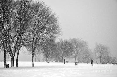 Photograph - Penn Treaty Park Goers by Andrew Dinh