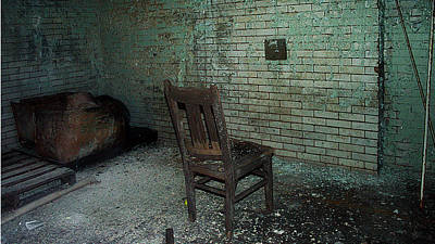 Pennhurst Basement Chair Print by W Scott Phillips