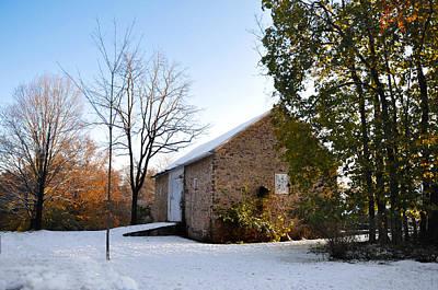 Pennsylvania Barn Digital Art - Pennsylvania Barn In October Snow by Bill Cannon
