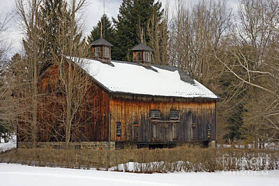 Photograph - Pennsylvania Barn by Marcia Lee Jones