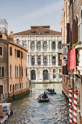 People Leaving For Work In Venice Print by Gabriela Insuratelu