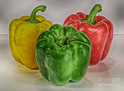 Peppers Together Hdr Art Print by Mitch Johanson