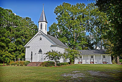 Photograph - Pergamos United Methodist by Linda Brown