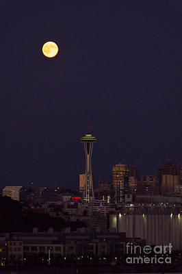 Photograph - Perigee Moon Seattle by Louise Magno