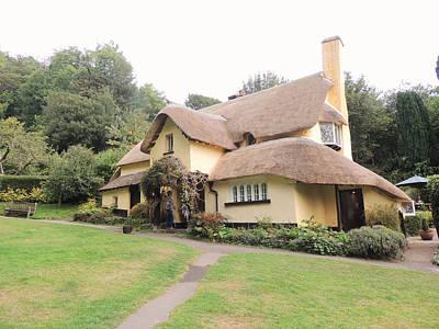 Periwinkle Cottage In Selworthy Art Print by Jayne Wilson