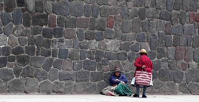 Photograph - Peruvian Friends by Paul Miller