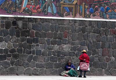 Photograph - Peruvian Ladies by Paul Miller
