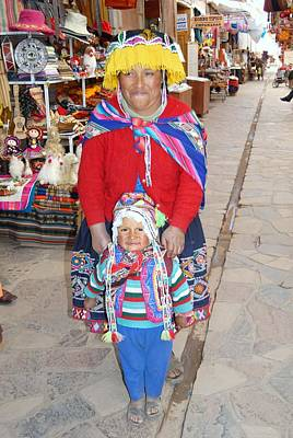 Peruvian Mother And Child Art Print by Eva Kaufman