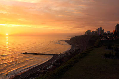 Photograph - Peruvian Sunset by Theo O Connor