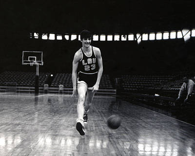 Three Points Photograph - Pete Maravich Dribbling Between Legs by Retro Images Archive