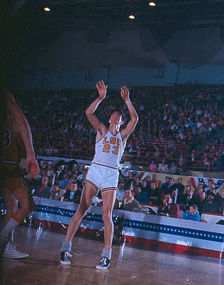 Three Points Photograph - Pete Maravich Follow Through by Retro Images Archive
