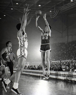 Three Points Photograph - Pete Maravich Jump Shot by Retro Images Archive