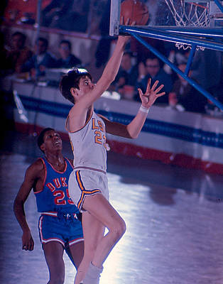Three Points Photograph - Pete Maravich Layup by Retro Images Archive