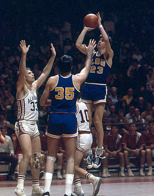 Louisiana State University Photograph - Pete Maravich Shooting In Traffic by Retro Images Archive