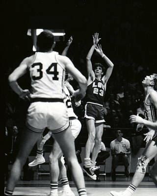 Three Points Photograph - Pete Maravich Shooting Jumper by Retro Images Archive