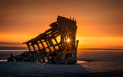 Photograph - Peter Iredale Ship by James Hammond