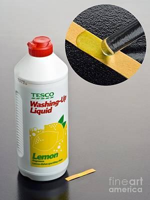 Ph Of Washing-up Liquid Art Print