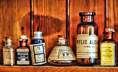 Medicine Photograph - Pharmacy - Cocaine In A Bottle by Paul Ward