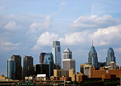 Philadelphia Scene Digital Art - Philadelphia Skyline by George Lodge