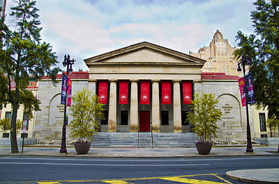 Broad Street Digital Art - Philadelphia University Of The Arts by Bill Cannon