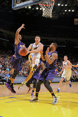 Photograph - Phoenix Suns V Golden State Warriors by Rocky Widner
