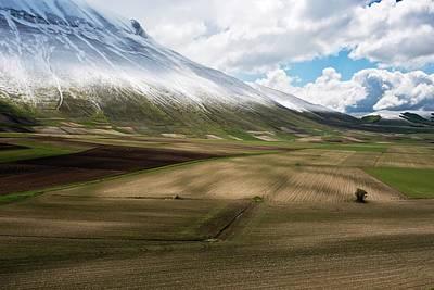 Spring Landscape Photograph - Piano Grande Plateau by Bob Gibbons