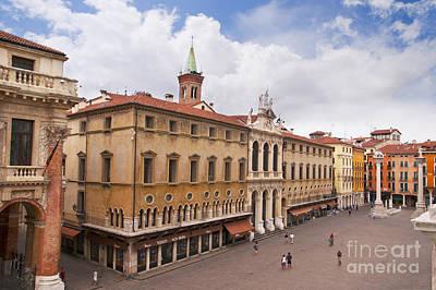 Photograph - Piazza Dei Signori Vincenza by Brenda Kean