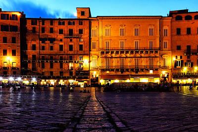 Photograph - Piazza Del Campo by Fabrizio Troiani