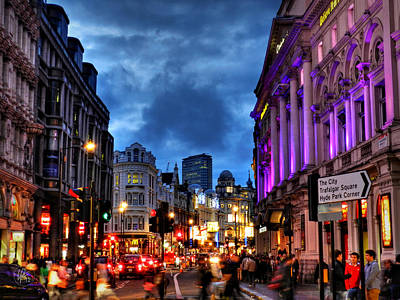 Photograph - Piccadilly Circus 001 by Lance Vaughn