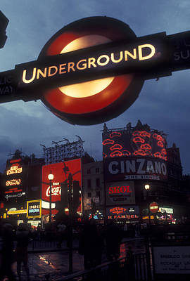 U-bahn Photograph - Piccadilly Circus Underground by Steven Trent Smith