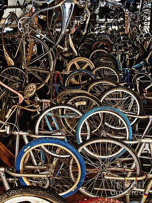Photograph - Pickers Place Wheel Wonderland by Lee Craig