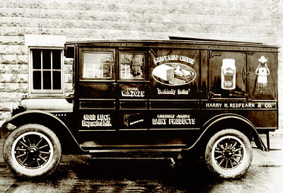 Picture 9 - New - Redfern Delivery Truck - Wide Art Print