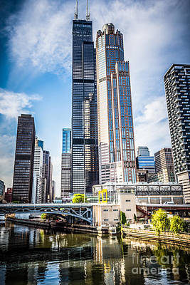 Chicago Loop Photograph - Picture Of Chicago Buildings With Willis-sears Tower by Paul Velgos