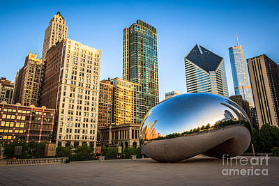 Stone Buildings Photograph - Picture Of Cloud Gate Bean And Chicago Skyline by Paul Velgos