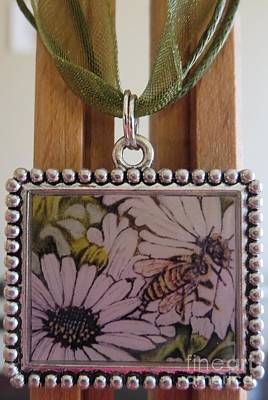 Acrylic Necklace Painting - Honeybee Cruzing The Daisies In A Necklace by Kimberlee Baxter