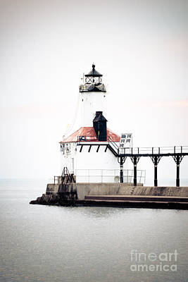 Indiana Photograph - Picture Of Michigan City Lighthouse by Paul Velgos